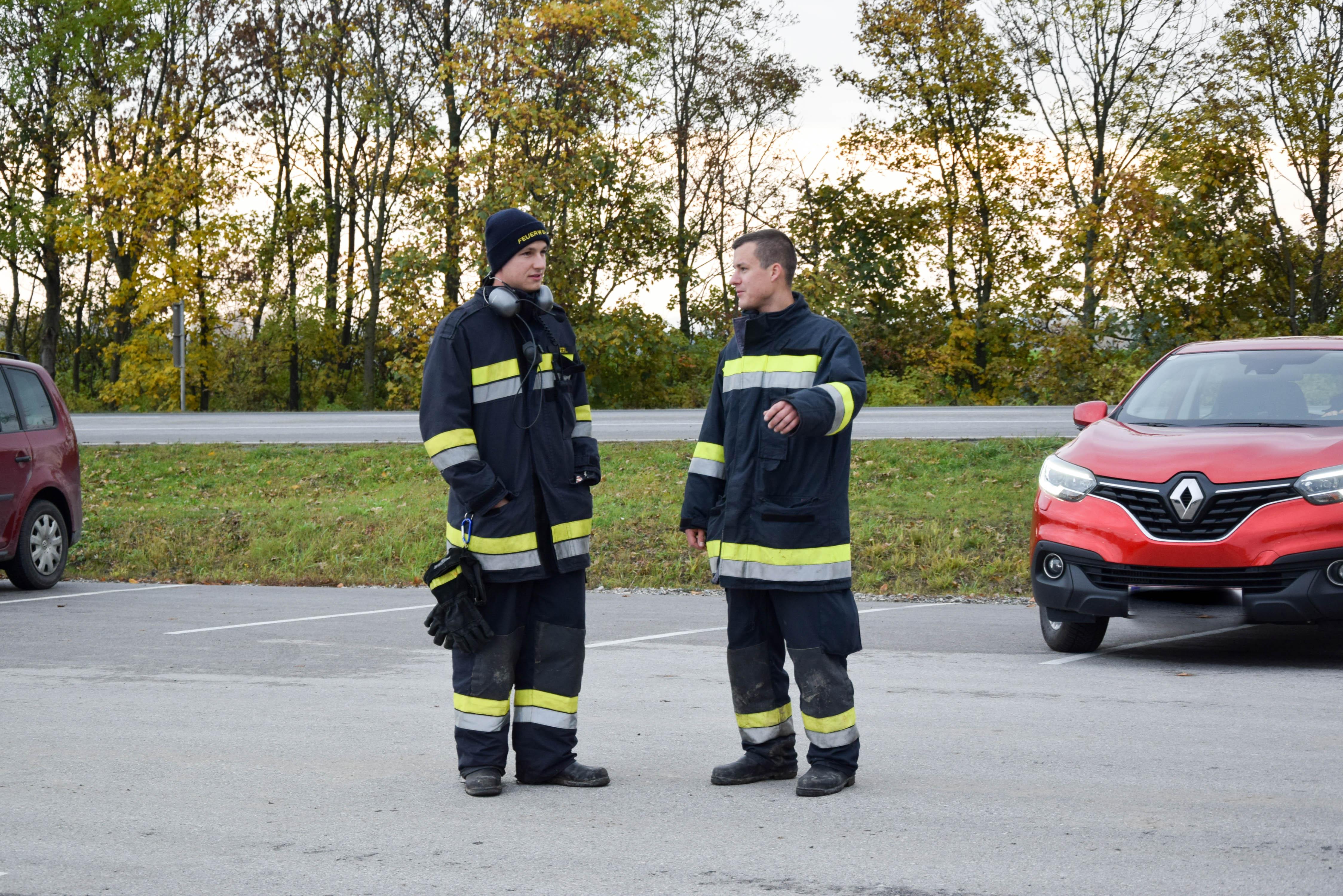 Ungewöhnlich Verkehrsunfallbericht Fotos - Der Schaltplan - triangre ...